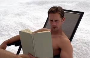 True Blood saison 6 : Alexander Skarsgard totalement nu pour le grand final !