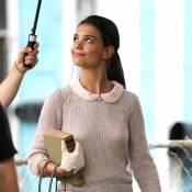 Katie Holmes : Élégante en tenue des fifties pour ''Miss Meadows''