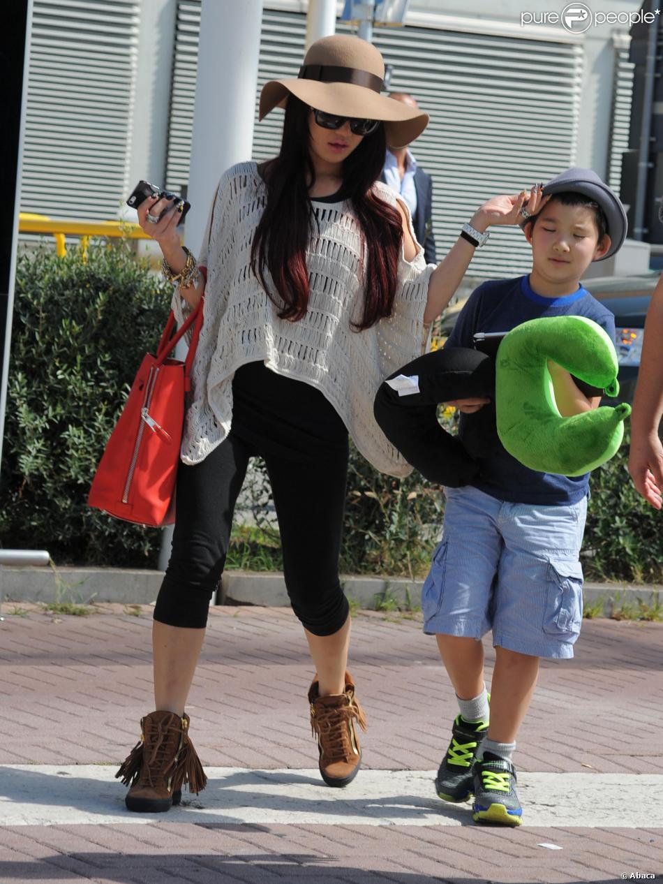 La femme de Nicolas Cage, Alice Kim et son fils Kal-el Coppola ...