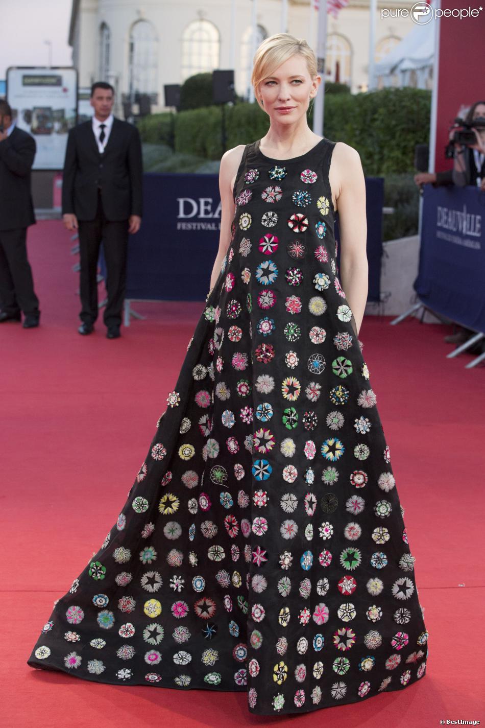 """Cate Blanchett étonnante en Dior lors de la première du film """"Blue Jasmine"""" et Hommage à Cate Blanchett au 39e Festival du cinéma américain de Deauville, le 31 août 2013."""