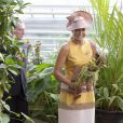"""""""La reine Maxima des Pays-Bas à Leyde le 4 septembre 2013 en pleine promenade dans les serres tropicales de Hortus Botanicus Leiden, l'un des plus vieux jardins botaniques"""""""