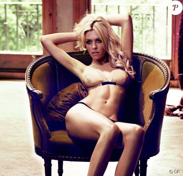 Abbey Clancy pour la lingerie Frank White en 2012