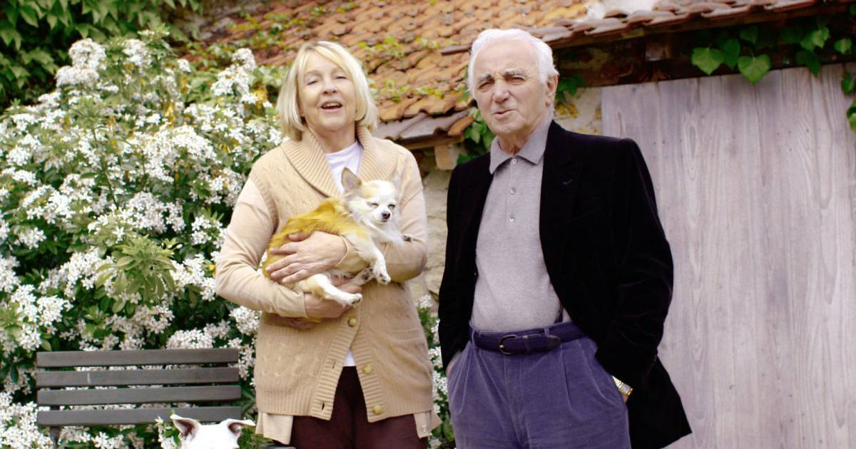 Bien-aimé Charles Aznavour et Ulla, 47 ans de mariage : ''Elle m'a mis sur  XC99