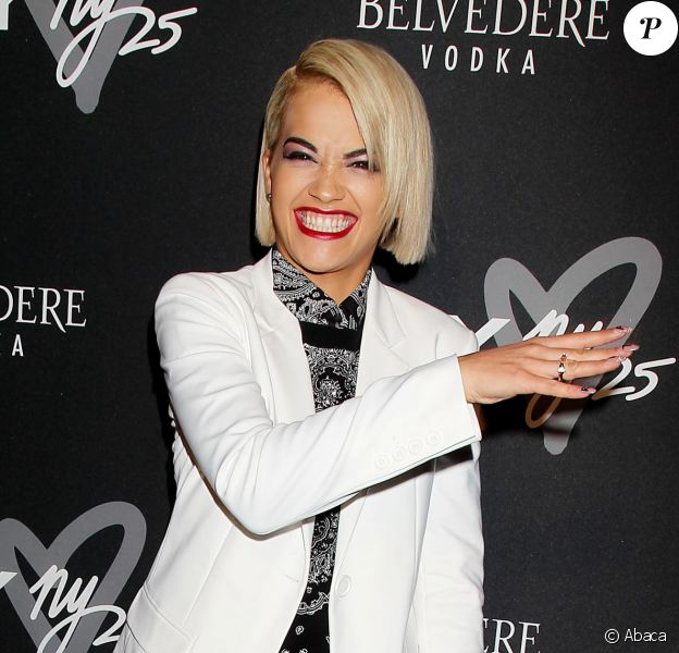 Rita Ora, ravissante et stylée pour la soirée du 25e anniversaire de la marque DKNY. New York, le 9 septembre 2013.