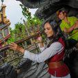 Valérie Bègue a passé une partie de la journée avec Peter Pan à Disneyland Paris le week-end du 15 septembre 2013