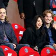 Pierre Sarkozy, Jean Sarkozy et sa femme Jessica lors dePSG - Monaco au Parc des Princes le 22 septembre 2013.