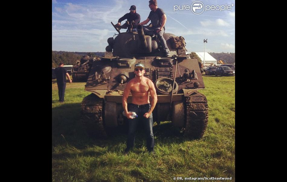 Photo de Scott Eastwood sur le tournage du film Fury en Angleterre - 23 septembre 2013