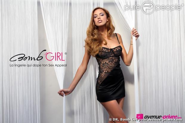 Vanessa Lawrens, égérie Bomb Girl, divine lorsqu'elle prend la pose pour la nouvelle collection Love de la marque de lingerie (pour le site avenue-privee.com)