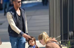 Doutzen Kroes : Pause au soleil avec son adorable fils et son mari sexy