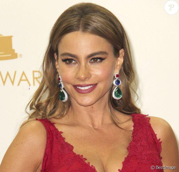 """Sofia Vergara lors de la 65e cérémonie annuelle des """"Emmy Awards"""" à Los Angeles, le 22 septembre 2013."""