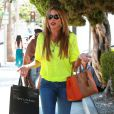 Sofia Vergara fait du shopping à Beverly Hills, le 5 septembre 2013.