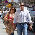Sofia Vergara et son petit ami Nick Loeb à Paris, le 17 juillet 2012.