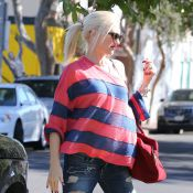 Gwen Stefani, enceinte : Détendue pour le week-end de ses 44 ans