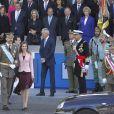 Le prince Felipe et la princesse Letizia lors de la parade militaire pour la fête nationale d'Espagne à Madrid, le 12 octobre 2013.