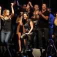 """Lorie, Amel Bent, Gregory Coupet, Leslieà Lyon, le 12 octobre 2013 lors de la 7ème édition de """"Foot-Concert"""" au Palais des sports."""
