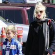 Gwen Stefani enceinte et son fils Kingston à Lake Arrowhead, le 13 octobre 2013.
