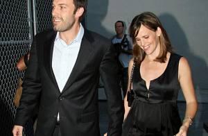 PHOTOS : Ben Affleck et Matt Damon font la fête avec leurs deux femmes enceintes !