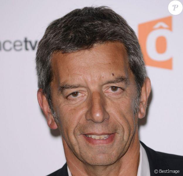Michel Cymes - Conférence de presse de rentrée de France Télévisions au Palais de Tokyo le 27 août 2013.