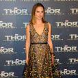 Natalie Portman en Dior à la première de Thor: Le Monde des Ténèbres au Grand Rex à Paris, le 23 octobre 2013.