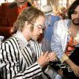 Elton John - This Train Don't Stop There Anymore (vidéo réalisée par David LaChapelle)