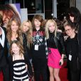 La famille Cyrus au grand complet (Miley Cyrus, Billy Ray Cyrus, Noah Cyrus, Braison Cyrus, Brandi Cyrus, Tish Cyrus, Trace Cyrus) à Los Angeles, le 2 avril 2009.