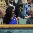 Sir Bruce Forsyth et son épouse Wilnelia Merced, Miss Monde 1975, avec le prince Charles à Wimbledon en juin 2012