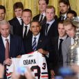Barack Obama recevait l'équipe championne de NHL, les Blackhawks de Chicago, à la Maison Blanche à Washington, le 4 novembre 2013
