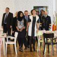 Le prince Daniel et la princesse Victoria de Suède lors de leur visite du Hackney Community College le 7 novembre 2013 à Londres, à l'occasion d'un séjour officiel de deux jours