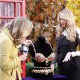 Candice Swanepoel présente le Royal Fantasy Bra de Victoria's Secret dans l'émission Good Morning America. New York, le 6 novembre 2013.