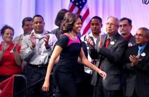 Michelle Obama, superbe en petite robe noire, chouchoute les anciens soldats