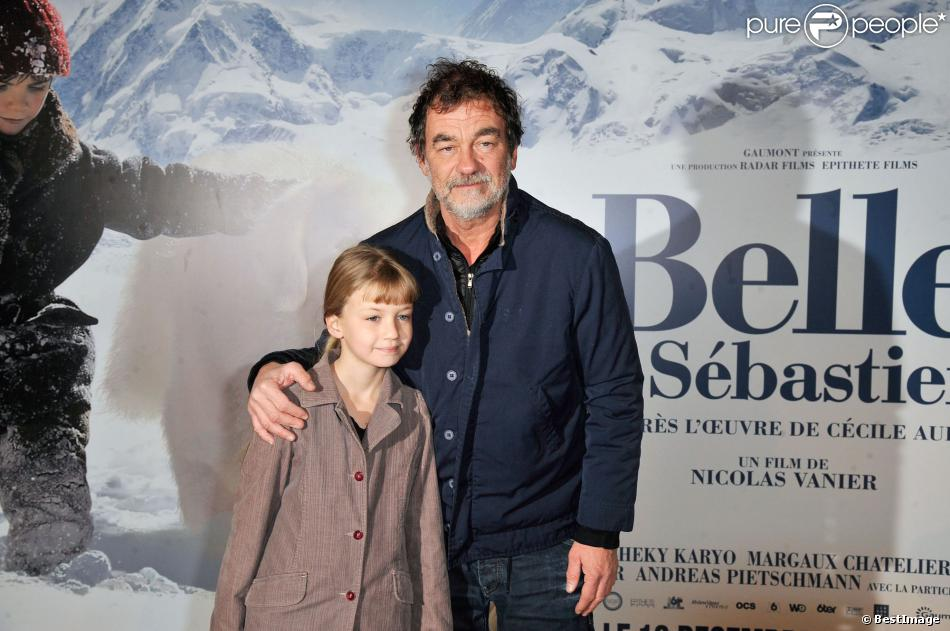 Olivier Marchal et sa fille Ninon lors de l'avant-première du film Belle et Sébastien à Paris le 17 novembre 2013
