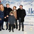 Margaux Chatelier, Tchéky Karyo, Mehdi (jeune héros du feuilleton des annees 60, Belle et Sébastien qui joue aussi dans le long métrage), Dimitri Storoge et Félix Bossuet lors de l'avant-première du film Belle et Sébastien à Paris le 17 novembre 2013