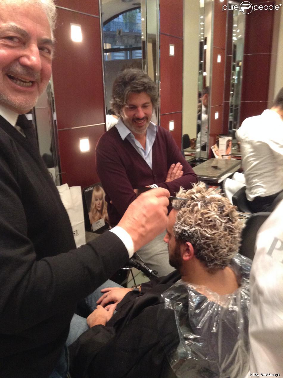 Le dr le cyril hanouna au salon de coiffure de franck for Tarif salon franck provost
