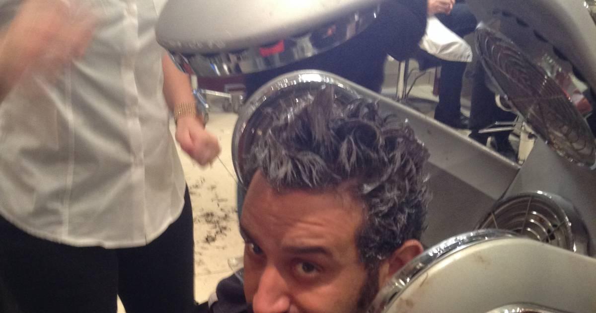 Cyril hanouna au salon de coiffure de franck provost afin - Salon de coiffure qui recherche apprenti ...