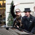 Céline Dion quitte son hotel pour se rendre aux répétitions de son premier concert à Bercy, à Paris. Le 25 novembre 2013.