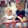 Nate et sa demi-soeur Dacey lors d'une sortie shopping avec leur père Bode Miller