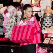 Adriana Lima : L'Ange de Victoria's Secret sera coquine pour Noël
