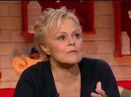 Muriel Robin évoque l'Alzheimer de sa mère : Fou rire inattendu...