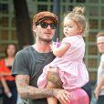 David Beckham et sa fille Harper dans un parc de New York, le 10 septembre 2013