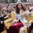 Flora Coquerel (Miss France 2014) a été reçue comme une reine à Chartres, le 18 décembre 2013.