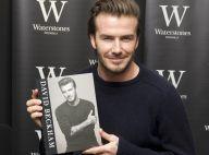 David Beckham : Souriant pour une séance de dédicaces et des fans courageux
