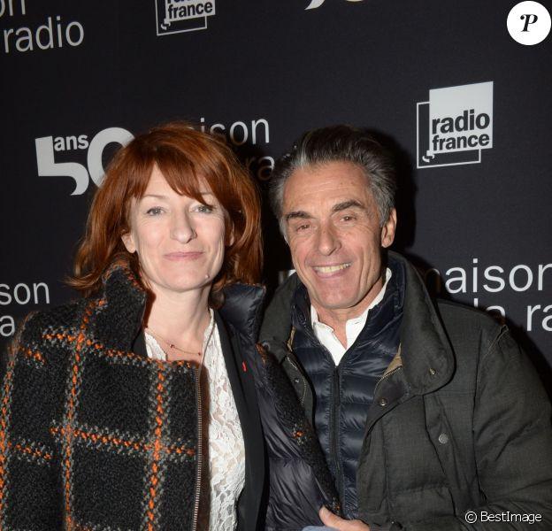 Exclusif - Gérard Holtz et sa femme Muriel Mayette lors du 50e anniversaire de la maison de la radio à Paris le 17 décembre 2013