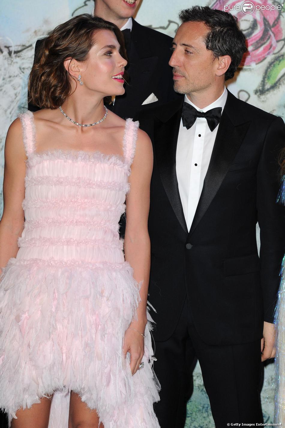 Charlotte Casiraghi et Gad Elmaleh, qui ont officialisé leur amour au Bal de la Rose en mars 2013 (photo), ont accueilli leur premier enfant, Raphaël, né au centre hospitalier Princesse Grace le 17 décembre 2013. Un enfant déjà star.