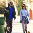 Leighton Meester et son fiancé Adam Brody à Los Angeles, le 22 décembre 2013.