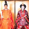Le 10 avril 1959, Akihito n'est encore que le prince héritier lorsqu'il épouse, en tenue traditionnelle shintō, Michiko. Ce 23 décembre 2013, l'empereur Akihito célèbre son 80e anniversaire.