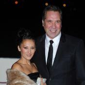 David Seaman : L'ex-icône d'Arsenal fiancée à sa séduisante patineuse Frankie