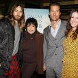 Jared Leto, Liza Minnelli, Matthew McConaughey et la productrice Rachel Winter lors d'un dîner spécial en hommage à Dallas Buyers Club au Monkey Bar de New York le 6 janvier 2014.