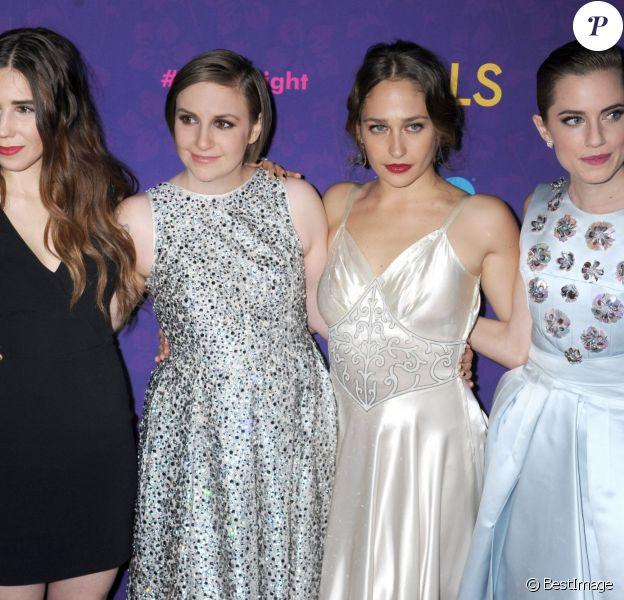 """Zosia Mamet, Lena Dunham, Jemima Kirke et Allison Williams à l'avant-première de la 3e saison de la série """"Girls"""" au Lincoln Center à New York, le 6 janvier 2014."""