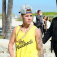 Justin Bieber fait du Segway sur la plage avec des amis à Miami, le 22 janvier 2014.