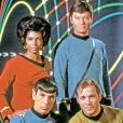Nichelle Nichols, DeForest Kelley, Leonard Nimoy et William Shatner il y a 45 ans dans Star Trek.